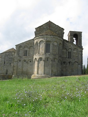 San Pietro in Romena, Tuscany surrounded by wildflowers.