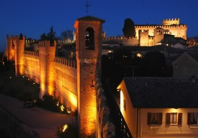 Gradara Fort Le Marche at night